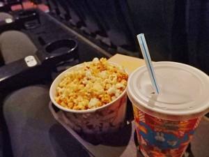 映画館、ポップコーン