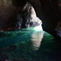 佐渡青の洞窟